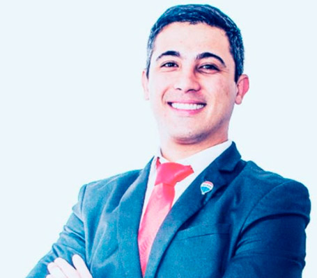 Danilo Herrero – Broker RE/MAX Xavante