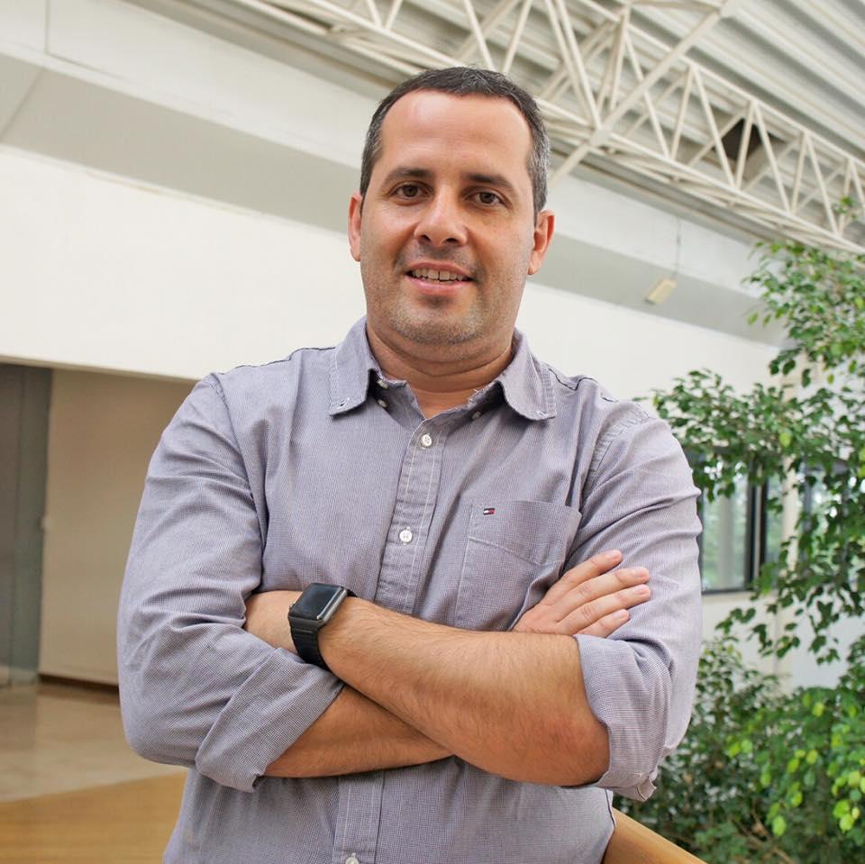 Yves Navarro